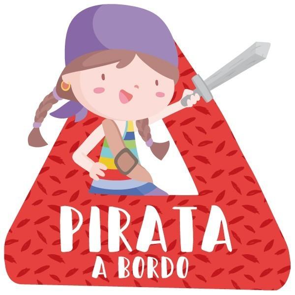 """Súper nena pirata a bord - Vinils per a cotxe Adhesius Nadó a bord  """"Súper nena pirata a bord"""". Triangles informatius de disseny, per enganxar a la part posterior dels vehicles. Adhesius de gran qualitat i fàcils de col·locar.  Mida del triangle: 16x15 cmMaterial: Vinil mat laminat vinilos infantiles y bebé Starstick"""