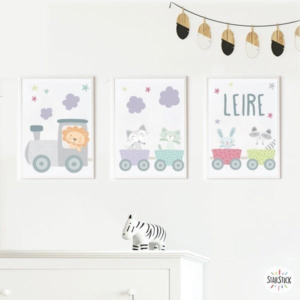 Lot de 3 affiche  pour enfants - Lila train avec des animaux Affiche chambre enfant Dimensions (largeur x hauteur) A4 - 210 x 297 mm A3 - 297 x 420 mm A2 - 420 x 594 mm  Matériel: Impression sur toile Cadre: Optionnel   vinilos infantiles y bebé Starstick