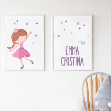 Pack de 2 làmines decoratives - Princesa infantil rosa Làmines amb nom Làmines infantils per emmarcar. Quadres amb il·lustracions de princeses, perfectes per a nenes i nens que els agrada el fantàstic món de les princeses, fades i cavallers. Es pot personalitzables amb un o dos noms. Mides (ample x alt) A4 - 210 x 297 mm A3 - 297 x 420 mm A2 - 420 x 594 mm   Material: Impressió sobre canvas Marc: Opcional vinilos infantiles y bebé Starstick