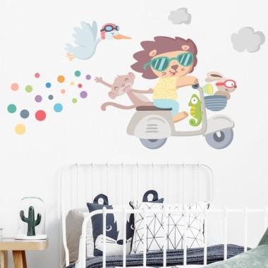 Vespa avec des animaux - Sticker décoratif pour enfants