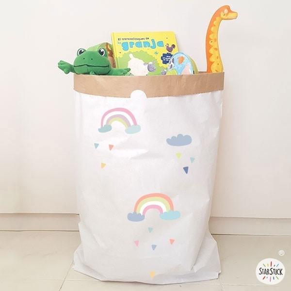 Paper bag - Rainbow Paper bag Taille du sac: 60x70x16 (largeur x hauteur x base)Matière: 3 couches de papier kraft très résistant (extérieur blanc et intérieur ocre) vinilos infantiles y bebé Starstick
