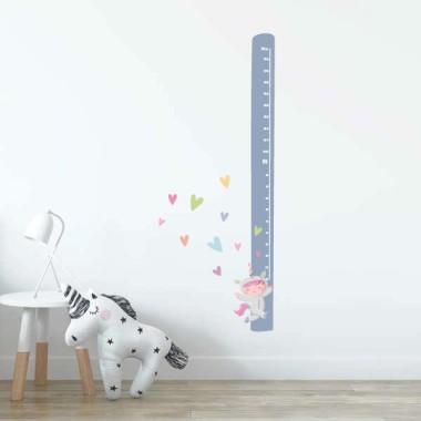 Vinil infantil mesurador - Nena disfressada d'unicorn
