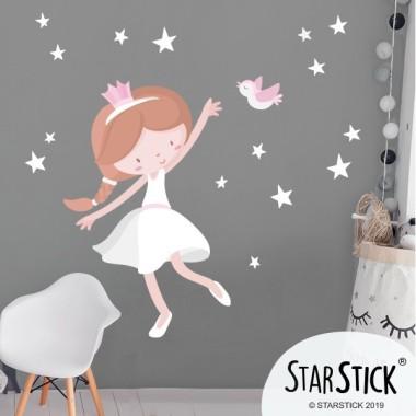 Nena princesa - Vinils infantils Vinils nadó Meravellosa princesa amb un ocellet. Fantàstic vinil per decorar les parets de les habitacions infantils i crear un espai ple d'il·lusió. El pack inclou 1 princesa, estrelles i 1 ocell. Mides aproximades del vinil enganxat (ample x alt) Bàsic: 70x50 cmPetit: 110x70 cmMitjà: 160x95 cmGran: 190x150 cmGegant: 240x170 cm  AFEGEIX UN NOM PER EL VINIL DE 9,99€   vinilos infantiles y bebé Starstick