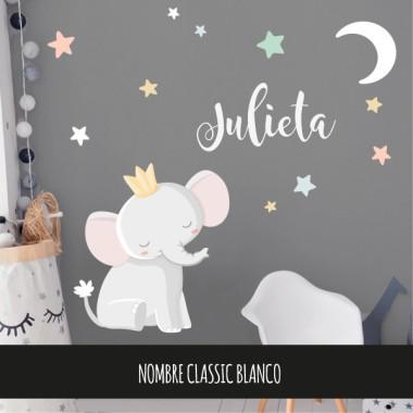 Vinils per a nadons - El petit rei elefant - Lluna blanca Vinils nadó  Vinil de paretamb la il·lustració d'un petit rei elefant mirant la lluna. Vinils decoratius perfectes per donar un toc de disseny a les habitacions dels nadons. El pack inclou l'elefant, la lluna i les estrelles. Mides aproximades del vinil enganxat (ample x alt) Bàsic:80x60cm Petit:125x95 cm Mitjà:160x125 cm Gran:210x160 cm Gegant:250x200 cm  AFEGEIX UN NOMALVINIL DESDE 9,99€   vinilos infantiles y bebé Starstick