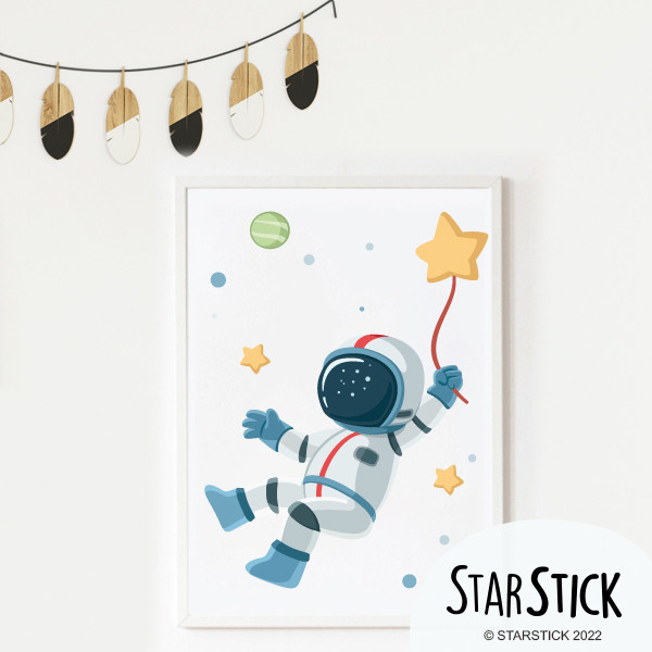 Toiles déco enfant - Astronaute, mission spatiale Affiche chambre enfant Dimensions (largeur x hauteur) A4 - 210 x 297 mm A3 - 297 x 420 mm A2 - 420 x 594 mm  Matériel: Impression sur toile Cadre: Optionnel   vinilos infantiles y bebé Starstick