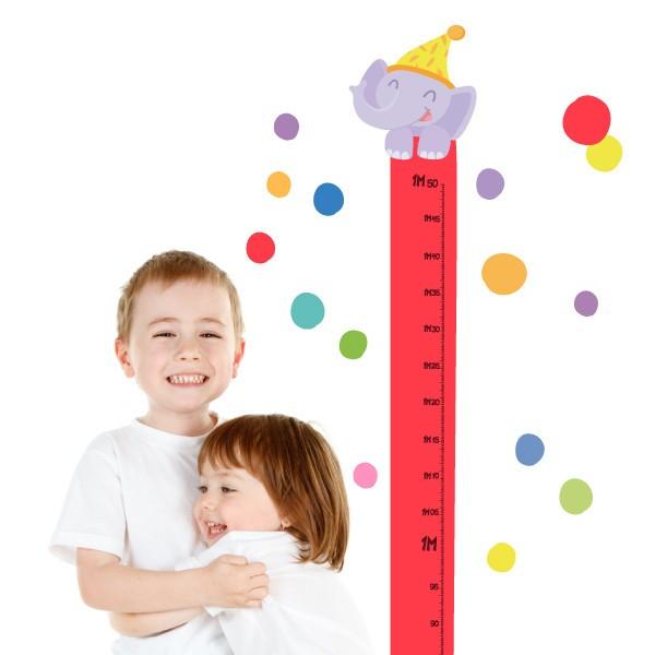 Sticker toise - Train avec animaux et confettis Toises Les Tailles Taille de la feuille: 135x30cmTaille du montage: 135x35 cm  Comprend 16 étiquettes pour marquer ce que vous voulez! vinilos infantiles y bebé Starstick