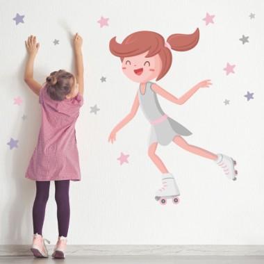 Niña patinadora - Vinilos decorativos infantiles Vinilos deportes Si estás buscando ideas para decorar habitaciones de niña, aquí tienes una opción muy divertida. Vinilo decorativo de paredes con una patinadora y estrellas de distintos tamaños. Vinilos murales de diseño exclusivos de la marca StarStick. Medidas aproximadas del vinilo infantil montado (ancho x alto)Básico: 70x45 cmPequeño:100x70 cmMediano:120x90 cmGrande:180x130 cmGigante:220x180 cm AÑADE UN NOMBRE AL VINILO DESDE 9,99€ vinilos infantiles y bebé Starstick
