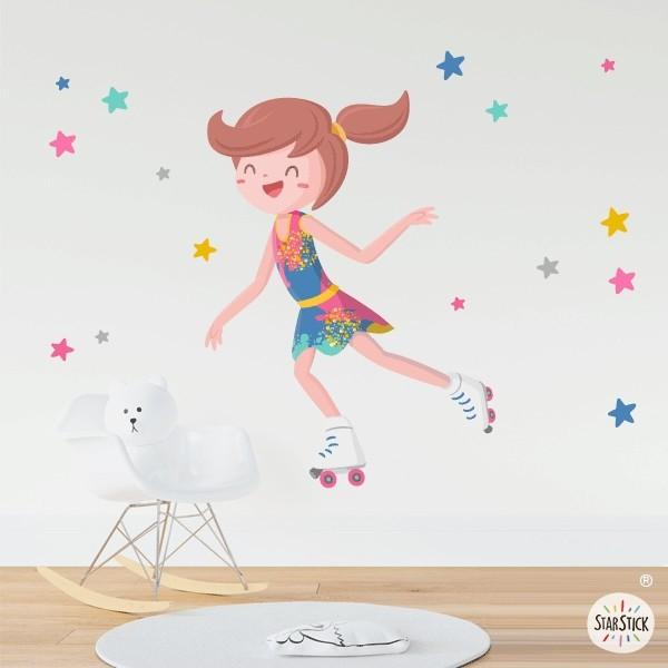 Niña patinadora con maillot de colores - Vinilos decorativos infantiles Vinilos infantiles Niña Si estás buscando ideas para decorar habitaciones de niña, aquí tienes una opción muy divertida. Vinilo decorativo de paredes con una patinadora y estrellas de distintos tamaños. Vinilos murales de diseño exclusivos de la marca StarStick. Medidas aproximadas del vinilo infantil montado (ancho x alto)Básico: 70x45 cmPequeño:100x70 cmMediano:120x90 cmGrande:180x130 cmGigante:220x180 cm AÑADE UN NOMBRE AL VINILO DESDE 9,99€ vinilos infantiles y bebé Starstick