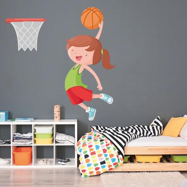 Niña jugando a baloncesto - Vinilos decorativos infantiles Vinilos Infantiles Vinilo decorativo con una niña jugando a baloncesto. Vinilos de diseño que llenan de alegría y vitalidad las paredes de las habitaciones infantiles, zonas de juego, gimnasios escolares… ¡Fáciles de instalar y con unos resultados espectaculares!  Medidas aproximadas del vinilo infantil montado (ancho x alto) Básico: 50x50cm Pequeño:110x70 cm Mediano:110x100 cm Grande:140x120 cm Gigante:175x170cm AÑADE UN NOMBRE AL VINILO DESDE 9,99€ vinilos infantiles y bebé Starstick