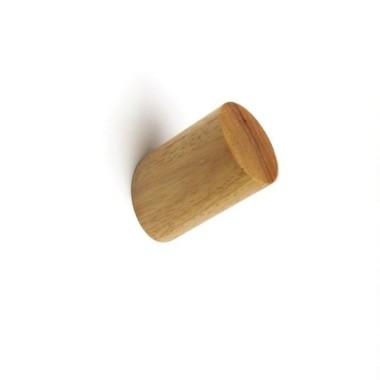 Penjador infantil personalitzat - Lletres classic Penjadors Organitza i decora la teva llar amb aquests divertits penjadors personalitzats. Tria color, escriu el nom que vulguis i en poc dies tindràs un meravellós penjador a casa teva. Cada pack inclou un penjador de fusta + una làmina de vinil. Mida del vinil: 12x6 cm Mida del penjador: 6 cm de llarg x 3 cm de diàmetre  vinilos infantiles y bebé Starstick