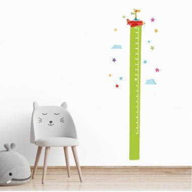 La girafa va en avió - Vinil mesurador de paret