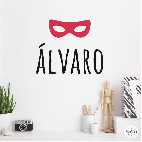 Masque de super-héros avec nom - Sticker nom de porte Stickers avec nom Taillede la feuille/montage Taille 1 prénom: 16x18 cmTaille 1 prénoms: 18x28cm  vinilos infantiles y bebé Starstick