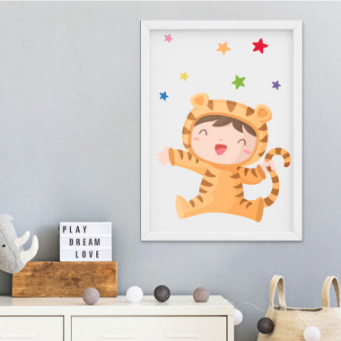 Lámina decorativa de pared - Bebé disfrazado de tigre
