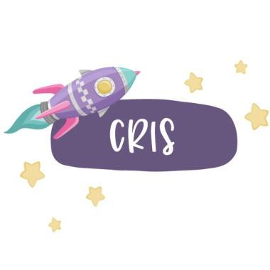 Vinilo personalizado con nombre - Cohete en el espacio Vinilos con nombre Vinilo infantil con un cohete en el espacio. Vinilo ideal para puertas o superficies lisas y personalizable con uno o dos nombres. Tamaño de la lámina y montaje 1 nombre:26x12 cm 2 nombres:26x16 cm  vinilos infantiles y bebé Starstick