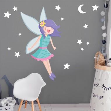 Vinilos infantiles - Hada mágica - Turquesa Vinilos Infantiles Llena de magia e ilusión las habitaciones infantiles con los vinilos murales de StarStick. Vinilos fáciles de instalar y con unos resultados encantadores. Este modelo incluye un hada mágica, estrellas y una luna. Una opción perfecta para decorar cuartos de niñas. Y si quieres dar un toque aún más mágico y brillante al mural, puede añadir estrellas o corazones de purpurina plateada o dorada. ¡Os quedará genial! Medidas aproximadas del vinilo infantil montado (ancho x alto)Básico: 70x60 cmPequeño:115x90 cmMediano: 160x115cmGrande:210x145 cmGigante:275x175cm  AÑADE UN NOMBRE AL VINILO DESDE 9,99€ vinilos infantiles y bebé Starstick