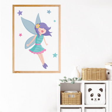 Lámina decorativa de pared - Hada mágica Láminas y cuadros infantiles Llena de magia e ilusión las habitaciones infantiles con estas láminas decorativas del hada mágica. Una opción perfecta para decorar cuartos de niñas. Y si quieres dar un toque aún más mágico y brillante a tus paredes, puede añadir estrellas o corazones de purpurina plateada o dorada. ¡Os quedará genial!  Medidas (ancho x alto) A4 - 210 x 297 mm A3 - 297 x 420 mm A2 - 420 x 594 mm  Material: Impresión sobre canvas Marco: Opcional vinilos infantiles y bebé Starstick