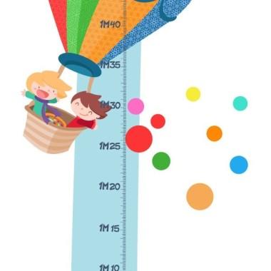 Medidor Globus - Vinils infantils Mesuradors Mesura com creix el teu fill i decora la seva habitació amb aquest vinil ple de color i diversió.    Mides del vinil Mida de la làmina:135x20 cm Mida del muntatge: 135x42 cm Inclou 16 etiquetes per marcar el que vulguis!    vinilos infantiles y bebé Starstick