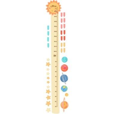 Planetes infantils - Vinils infantils Mesuradors Vinil mesurador per decorar parets infantils. Vinil a joc amb el vinil dels Planetes infantils.  Midesdel vinil Mida de la làmina: 25x135 cm Mida del muntatge: 50x135 cm Inclou 16 etiquetes per marcar el que vulguis! vinilos infantiles y bebé Starstick