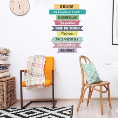 """""""En aquesta casa..."""" - Vinils de paret per casa Vinils casa   Modern vinil decoratiu amb frases motivadores i positives per decorar la vostra llar. Vinils originals d'StarStick que faran de casa teva un espai únic i especial. Aquest vinil es pot comprar en diferents idiomes.  Mesures aproximades del vinil Mida de la lamina: 67,5x60 cm Mida del muntatge: 57 X80 cm Alçada de cada frase: 7,5 cm    vinilos infantiles y bebé Starstick"""