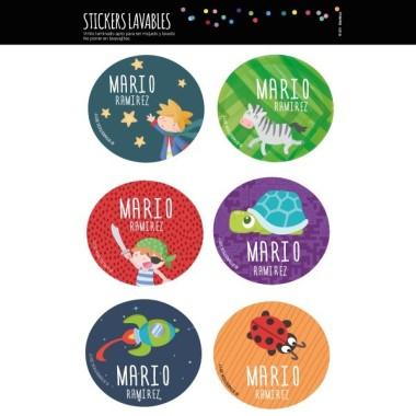 Étiquettes personnalisées. Rondes grand - Modèle 2 Étiquettes personnalisées rondes - Grand Vous pouvez personnaliser tout ce que vous voulez avec les étiquettes StarStick.Étiquettes de grande qualité est résistante à l'eau. Bouquins, cahiers, biberons, gourdes, boîtes à tartines...En plus d'utiles les étiquettes StarStick, sont le plus chic. Matériau:Sticker autocollantpelliculage Dimensions: 55 cm de diamètre Unités: Lots de 6, 12 ou 24 étiquettes Lignes imprimables: 2 vinilos infantiles y bebé Starstick