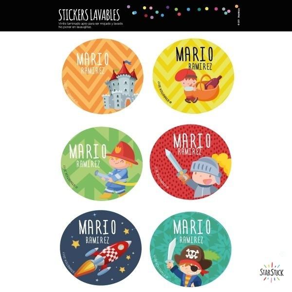 Étiquettes personnalisées. Rondes Grand - Modèle 3 Étiquettes personnalisées rondes - Grand Vous pouvez personnaliser tout ce que vous voulez avec les étiquettes StarStick.Étiquettes de grande qualité est résistante à l'eau. Bouquins, cahiers, biberons, gourdes, boîtes à tartines...En plus d'utiles les étiquettes StarStick, sont le plus chic. Matériau:Sticker autocollantpelliculage Dimensions: 5,5 cm de diamètre Unités: Lots de 6, 12 ou 24 étiquettes Lignes imprimables: 2 vinilos infantiles y bebé Starstick