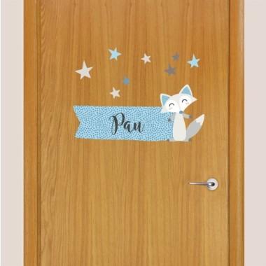 Guineu estil nòrdic - Nom per a portes Vinil infantil Vinils per portes amb nom Vinil d'estil nòrdic personalitzable amb un o dos noms. Vinils per enganxar a la porta de les habitacions i donar un toc especial a la llar. Mida de la làmina i del muntatge 1 nom: 25x20 cm 2 nom: 25x25 cm  vinilos infantiles y bebé Starstick