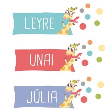 Girafe. Avion avec animaux - Sticker nom de porte Stickers porte chambre Taillede la feuille/montage 1 prénom:35x12 cm 2 prénoms:35x13,5 cm vinilos infantiles y bebé Starstick