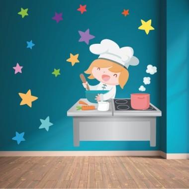 Divertida cocinera - Vinilo decorativo infantil Vinilos Educativos / Colegios Vinilo decorativo de pared con una alegre cocinera. Divertidos vinilos para decorar paredes de comedores escolares. Medidas aproximadas del vinilo montado (ancho x alto) Pequeño:90x70 cm Mediano: 120x86 cm Grande: 185x130 cm Gigante: 228x162 cm   ¡Combínalo con otros vinilos especial comedores! vinilos infantiles y bebé Starstick