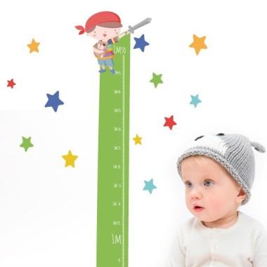 Mesurador infantil - Súper nen pirata - Vinils infantils Mesuradors Vinil mesurador per enganxar a parets o superfícies llises. Vinils decoratius que permeten anotar el creixement dels petits de casa. Diferents colors per escollir! Mesures del vinilMida de la làmina: 135x22 cmMida del muntatge: 135x60 cm Inclou 16 etiquetes per marcar el que vulguis! vinilos infantiles y bebé Starstick