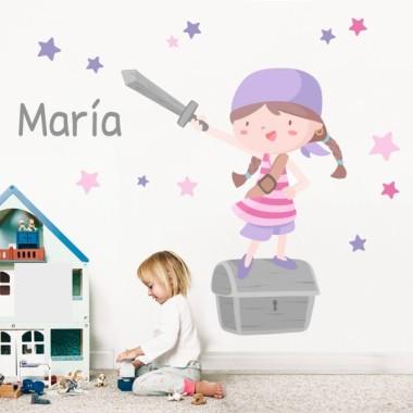 Vinilos infantiles -  Súper niña pirata - Lila Vinilos infantiles Bebé Fantástico vinilo infantil de pared con una niña pirata, un cofre del tesoro y estrellas decorativas. Maravillosos vinilos infantiles para decorar las habitaciones de niñas y bebés. Medidas aproximadas del vinilo infantil montado (ancho x alto) Básico:70x50cm Pequeño:110x70 cm  Mediano:160x95cm  Grande:190x150 cm Gigante:240x170 cm  AÑADE UN NOMBRE AL VINILO DESDE 9,99€  vinilos infantiles y bebé Starstick