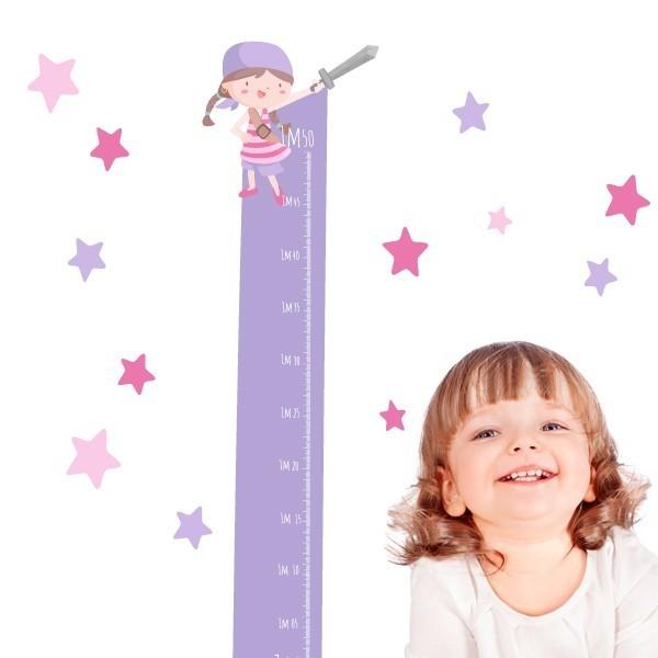 Mesurador infantil - Súper nena pirata - Vinils infantils Mesuradors Vinil mesurador per enganxar a parets o superfícies llises. Vinils decoratius que permeten anotar el creixement dels petits de casa. Diferents colors per escollir! Mesures del vinilMida de la làmina: 135x22 cmMida del muntatge: 135x60 cm Inclou 16 etiquetes per marcar el que vulguis! vinilos infantiles y bebé Starstick